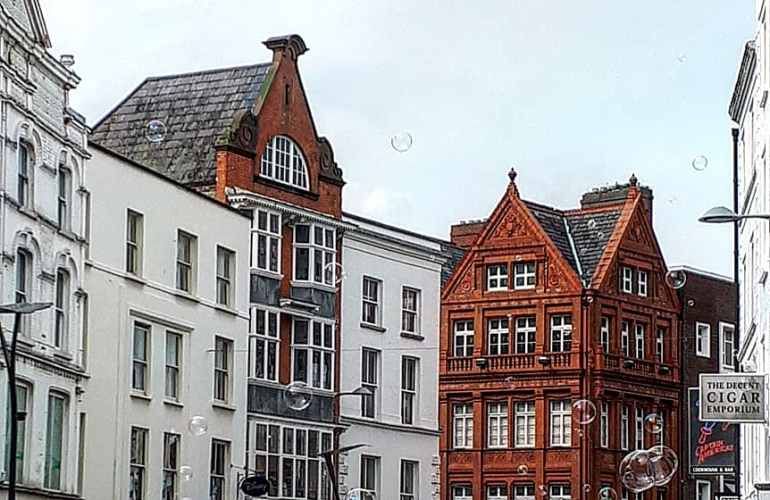 Grafton street Dublin Ireland buildings bubbles city centre sightseeing