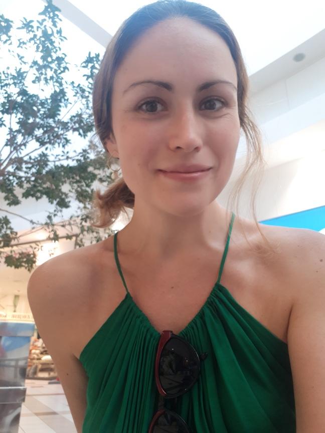 make-up free skincare model natural